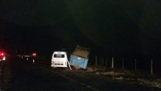 Acidente foi registrado na vicinal de Teçaindá, distrito de Martinópolis (Foto: Demtram/Cedida)